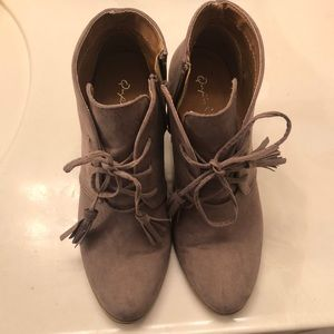 Boots Size 7.5